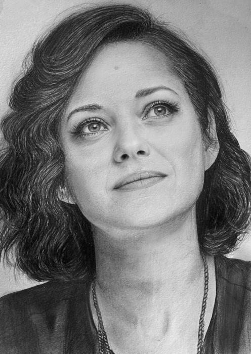 Marion Cotillard by Lazzzy
